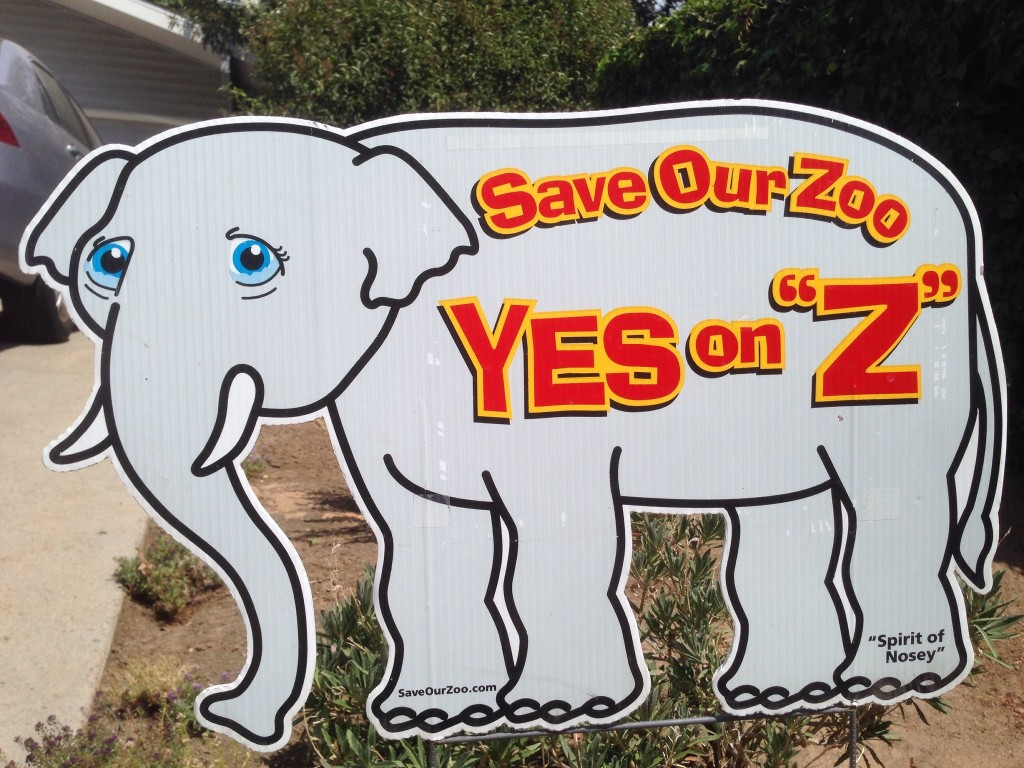2004 Nosey Sign